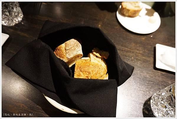L'AROME-20-麵包.JPG