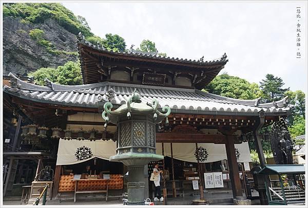 生駒-39-寶山寺本堂.JPG