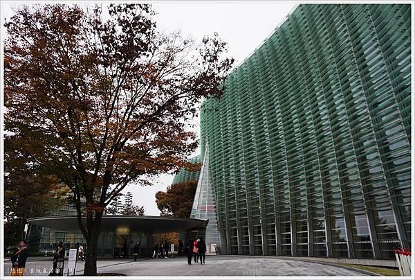 國立新美術館-3.JPG