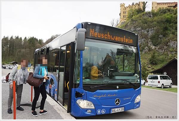 新天鵝堡-10-巴士.JPG