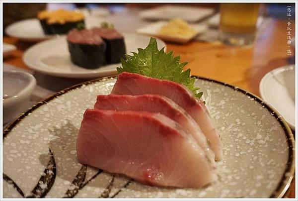 一笈壽司-28-旗魚刺身.JPG