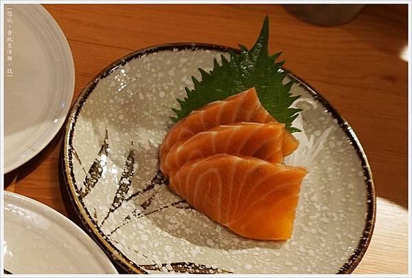 一笈壽司-29-鮭魚一品刺身.JPG