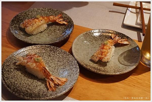 一笈壽司-102-炙燒天使紅蝦握壽司.JPG