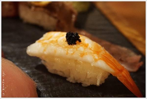一笈壽司-120-綜合8貫套餐.JPG