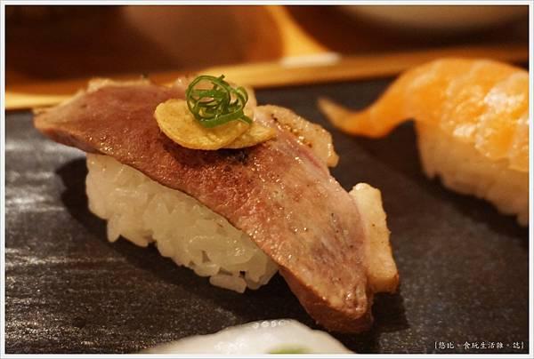 一笈壽司-123-綜合8貫套餐.JPG