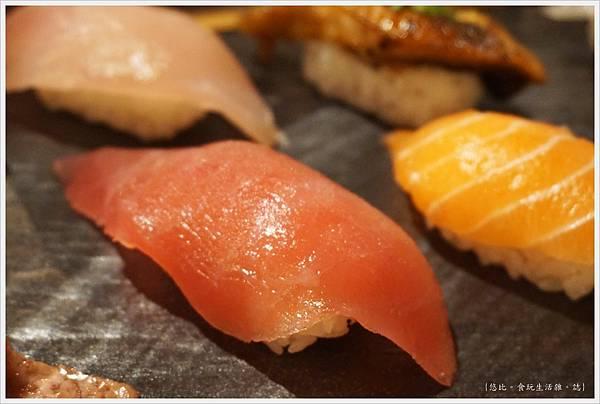 一笈壽司-125-綜合8貫套餐.JPG