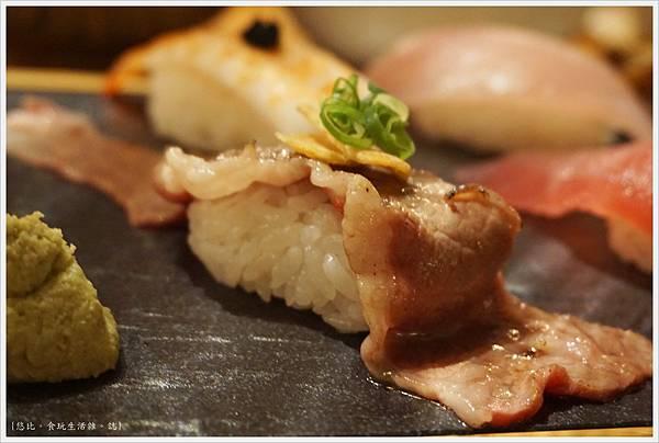一笈壽司-132-綜合8貫套餐.JPG