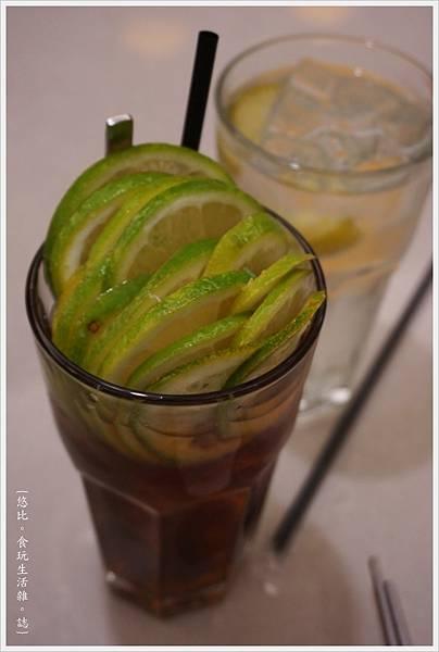 銅鑼灣文記港式餐廳-5-凍檸茶.JPG