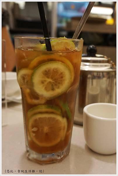 銅鑼灣文記港式餐廳-8-招牌凍檸茶.JPG
