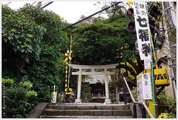 鎌倉-33-御靈神社.JPG