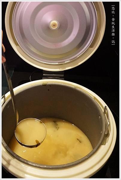 開丼-9-味噌湯.JPG