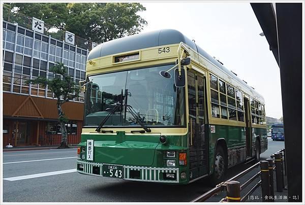 伊勢神宮-3-巴士站.JPG