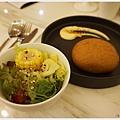 樂丘東海店-21-沙拉麵包.JPG