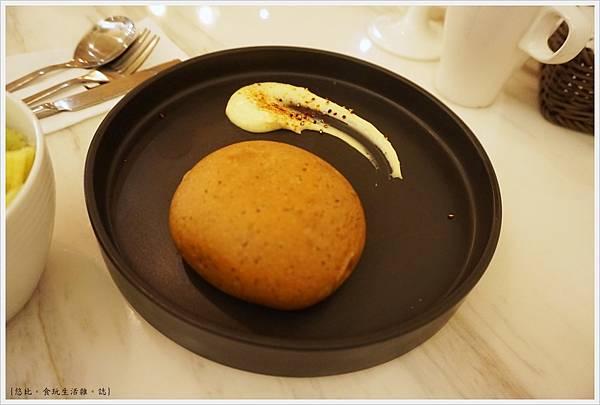 樂丘東海店-22-麵包.JPG