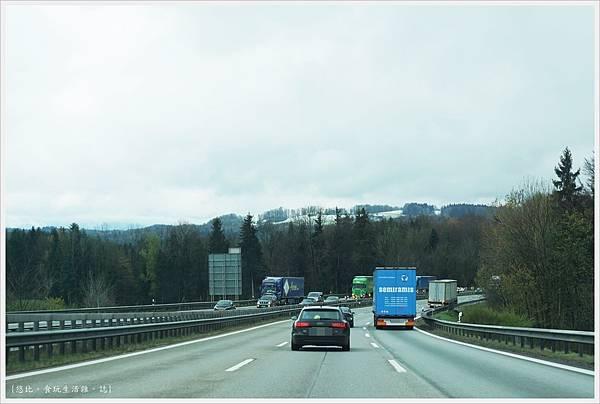 往慕尼黑-8.JPG