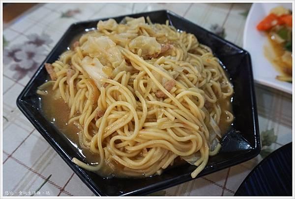 88號水碼頭餐廳-14-炒麵.JPG