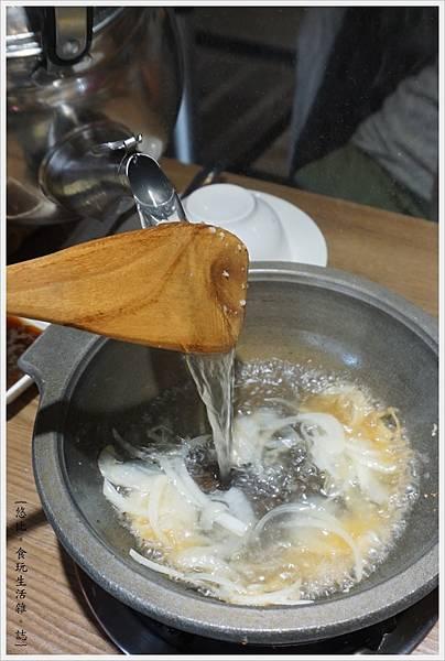 湯馥石頭火鍋-17-石頭火鍋.JPG