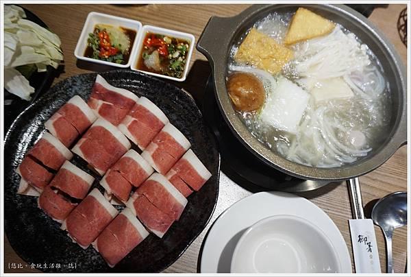 湯馥石頭火鍋-26-櫻桃鴨肉鍋.JPG