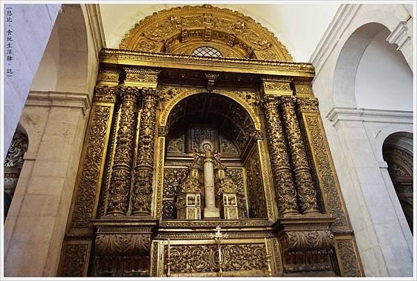 阿爾法瑪-33-聖文森教堂.JPG