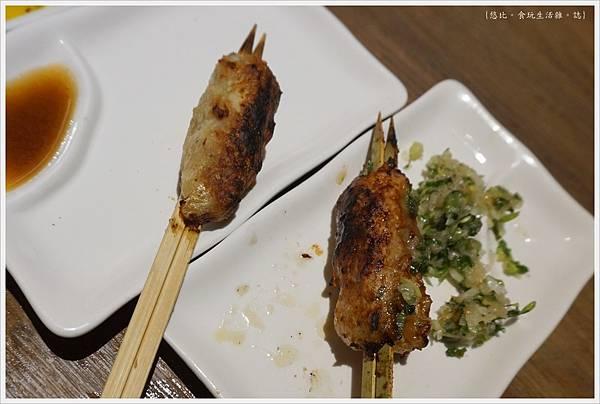 一鷺炭火燒鳥工房-50-雙人套餐雞肉丸串.JPG