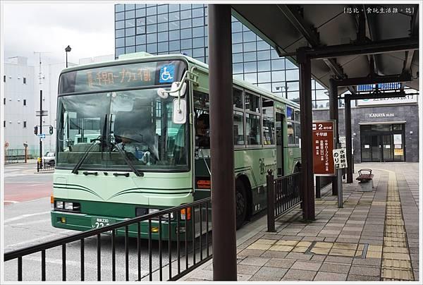 富田林-3-往千早赤阪村公車.JPG