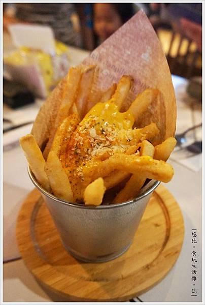 蘑菇Pasta-18-起司薯條.JPG