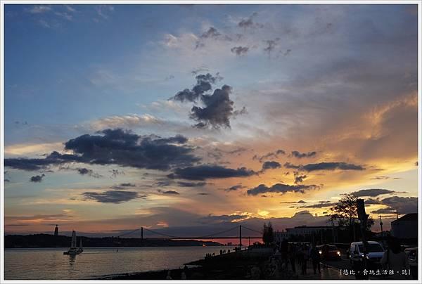 太加斯河-1-夕陽.JPG