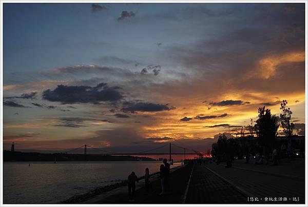 太加斯河-4-夕陽.JPG