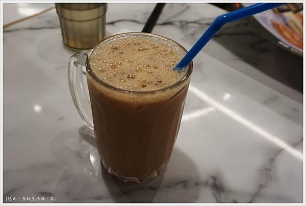 Mamak檔-24-印度拉茶.JPG