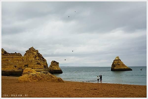 Lagos-68-Pinhao Beach.JPG