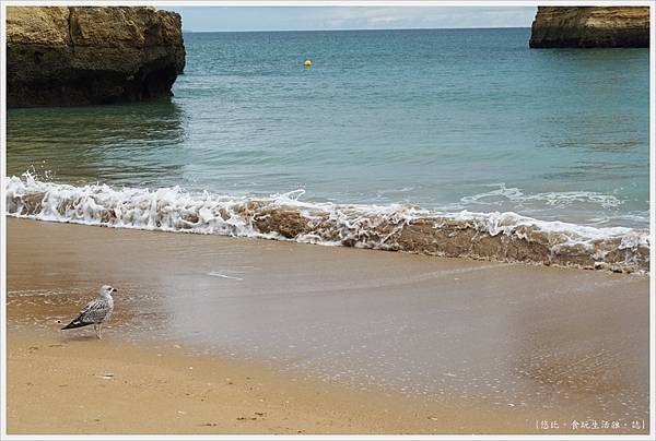 Lagos-73-Pinhao Beach.JPG