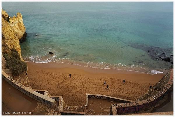 Lagos-92-Pinhao Beach.JPG