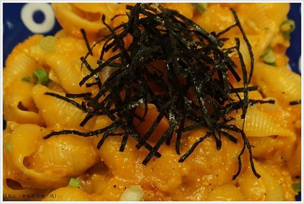 屋莎鬆餅-9-煙燻鮭魚明太子海膽麵.JPG