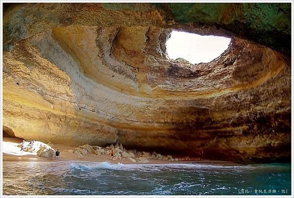 Benagil-39-benagil cave.jpg