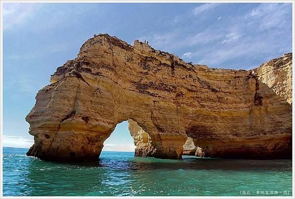Benagil-79-海蝕洞.jpg
