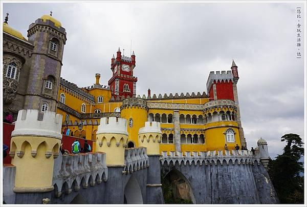辛特拉-148-佩納宮Palacio Nacional de Pena.JPG