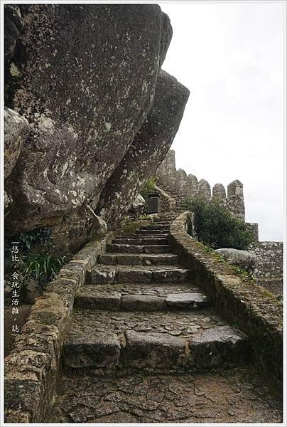 辛特拉-208-摩爾人城堡Castelo dos Mouros.JPG