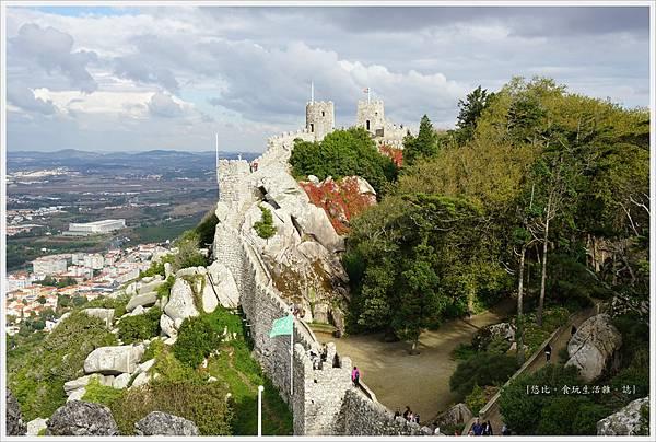 辛特拉-215-摩爾人城堡Castelo dos Mouros.JPG
