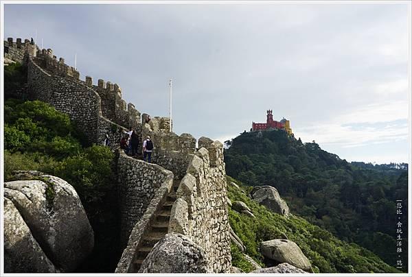 辛特拉-222-摩爾人城堡Castelo dos Mouros.JPG