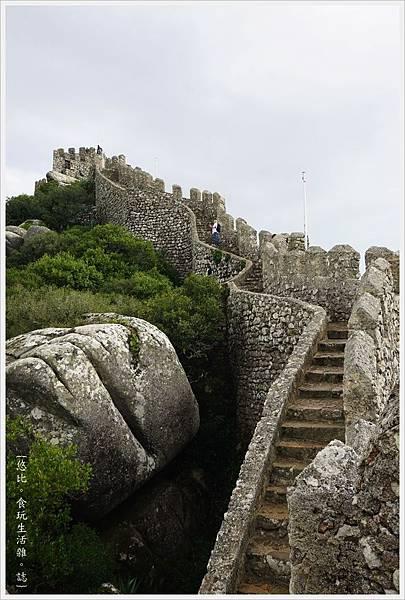辛特拉-223-摩爾人城堡Castelo dos Mouros.JPG