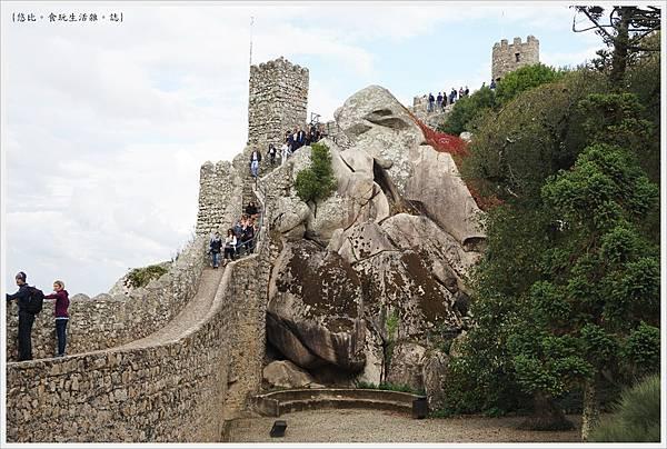 辛特拉-235-摩爾人城堡Castelo dos Mouros.JPG