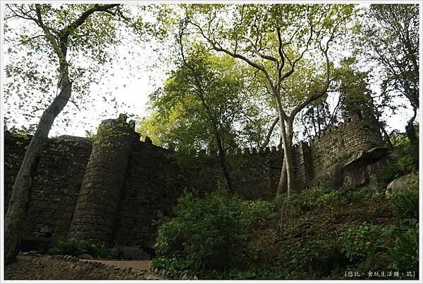 辛特拉-244-摩爾人城堡Castelo dos Mouros.JPG