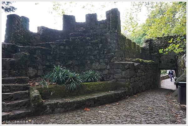 辛特拉-247-摩爾人城堡Castelo dos Mouros.JPG