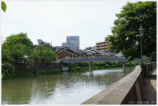主計町茶屋街-7-中之橋.JPG