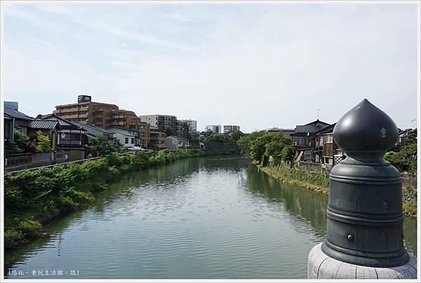 主計町茶屋街-16-中之橋.JPG
