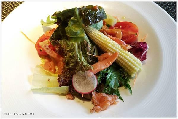 艾朋牛排-27-生菜沙拉.jpg