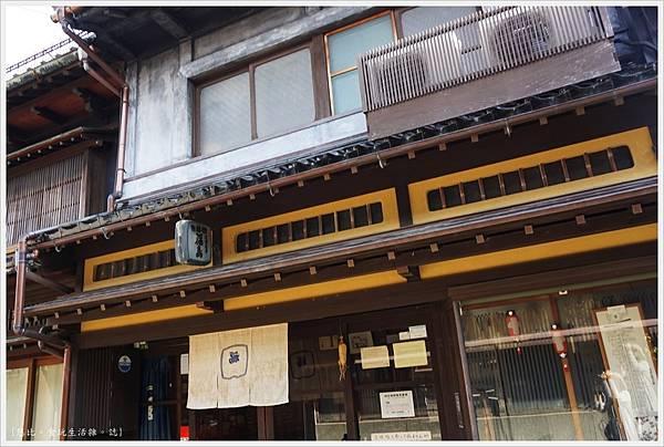東山茶屋街-1-福島三弦店.JPG