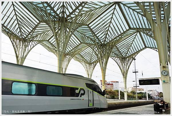 Oriente-20-月台.JPG