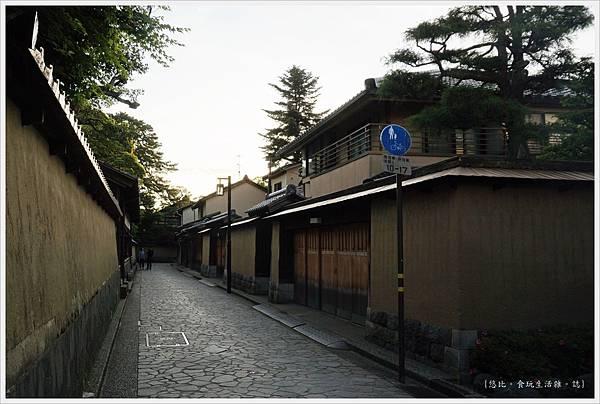香林坊-6-長町武家屋敷跡.JPG