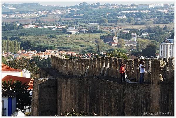 歐比多斯Obidos-17-城牆.JPG
